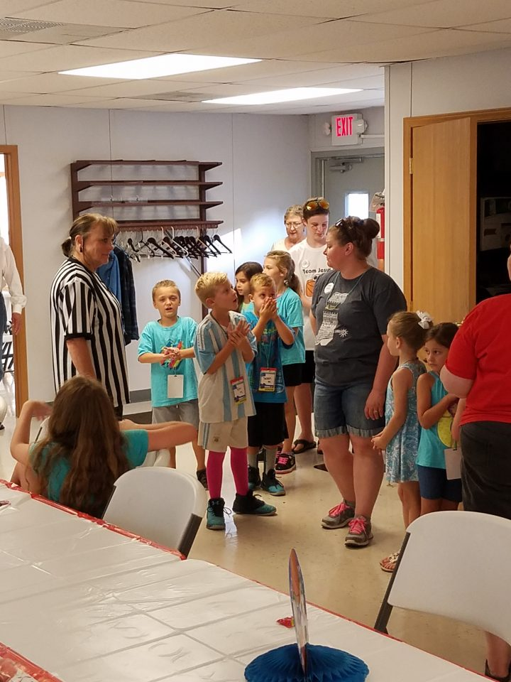 VBS Lining Up